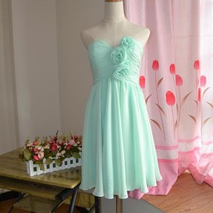 Knee length bridesmaid dresses /mis..