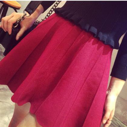 Adorable Knit Warm Skirt for Autumn..