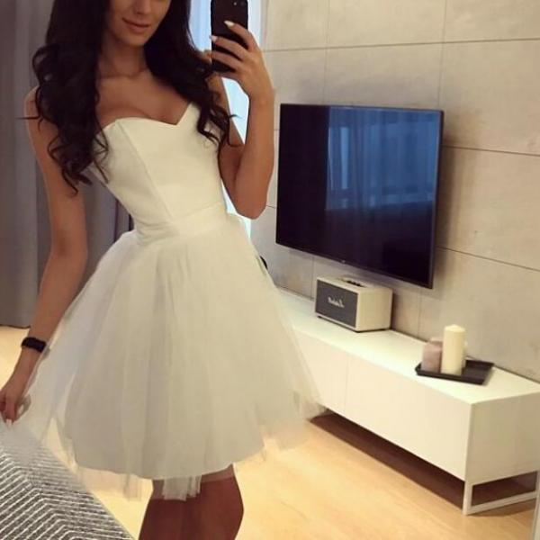 White Simple Short Ball Homecoming Dresses, Cute Formal Dresses, Lace-up Short Graduation Dresses